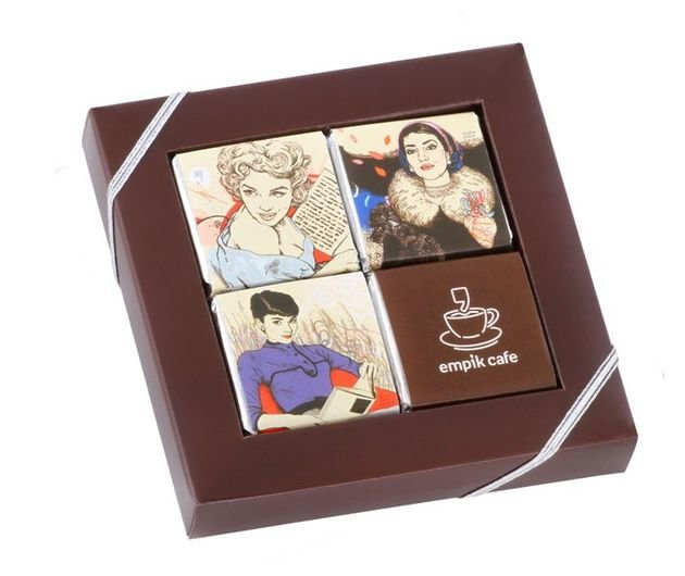 4 Chocolate Frames
